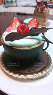 ケーキ,いちご,苺,クリーム,デザート,チョコレート,可愛い,甘い,ベリー,おいしい,チョコ,イチゴ