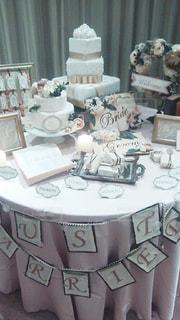 ピンク,結婚式,テーブル,可愛い,テーブルコーディネート,装飾,ウエディング,ウエディング ケーキ