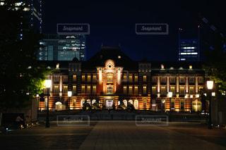 風景,カメラ,夜,夜景,屋外,東京,駅,東京駅,都会,高層ビル