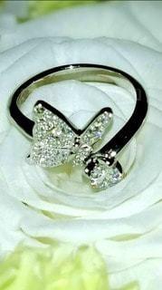 薔薇,白薔薇,婚約指輪,蝶,ダイヤ
