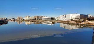 風景,空,建物,屋外,川,水面,反射,都会,日中