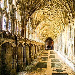ヨーロッパの古い城の廊下の写真・画像素材[3202374]