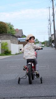 空,自転車,道路,子供,日本,住宅街,幼児,4歳児