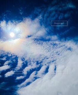 満月の夜空の写真・画像素材[3946589]