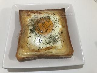 目玉焼きパンの写真・画像素材[3220705]