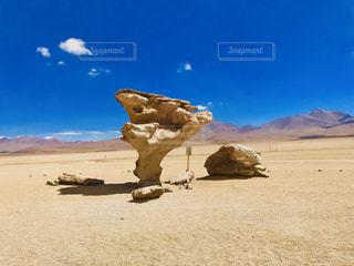 奇怪な岩の写真・画像素材[3212625]