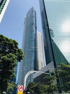 都市の高い建物の写真・画像素材[3228742]
