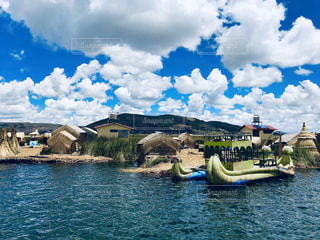 ウロス湖の写真・画像素材[3245693]