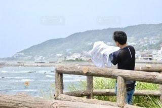 海と男性の写真・画像素材[3570962]