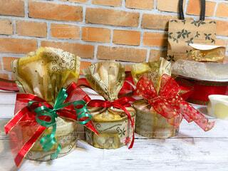 クリスマスラッピングの写真・画像素材[3937682]