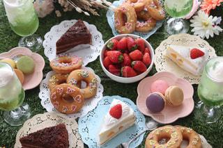 食べ物,ケーキ,デザート,果物,おうちカフェ,ドーナツ,女子会,マカロン,一眼レフ,メロンソーダ,メロンクリームソーダ,おうち時間,15時のおやつ