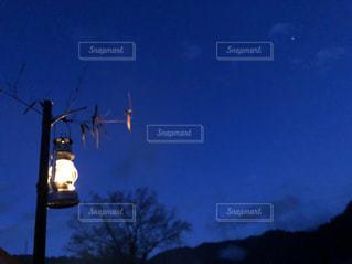 キャンプの夜の写真・画像素材[3221932]