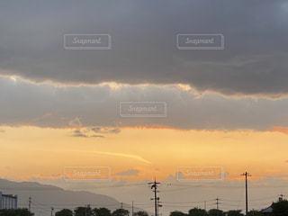 空,太陽,雲,夕暮れ,くもり