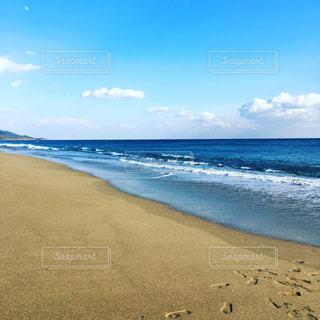 砂浜の足跡2の写真・画像素材[3223511]