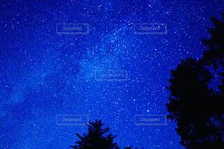 日本一星空が綺麗な阿智村の夜景の写真・画像素材[3925579]