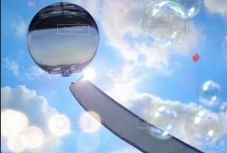 風鈴と風船の夏の写真・画像素材[3399283]