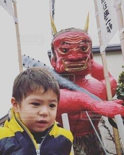 でかい鬼vsちびっこギャングの写真・画像素材[4117804]