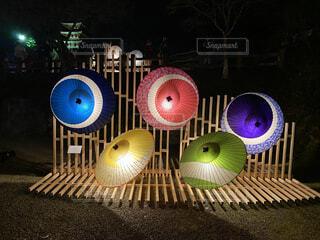 カラフルな和傘の写真・画像素材[4136879]