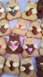 たくさん並んだクッキーの写真・画像素材[4140405]