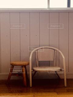 部屋の椅子の写真・画像素材[4779833]