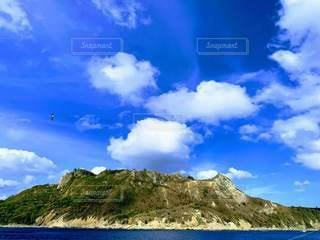 海と山と空の写真・画像素材[3570206]