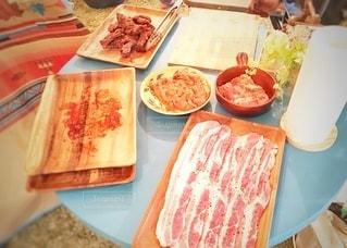 バーベキューの肉の写真・画像素材[3530174]