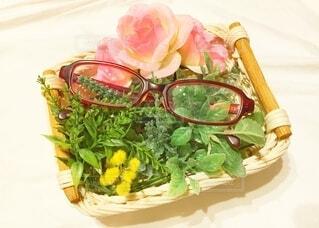花と眼鏡との写真・画像素材[3644923]