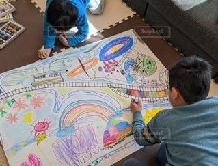 屋内,電車,虹,道路,アート,ペン,人,絵画,幼児,少年,兄弟,紙,おえかき,おうち時間