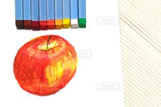 食べ物,赤,果物,ペン,クレヨン,紙,おえかき,リンゴ,おうち時間