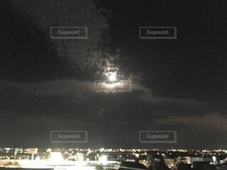 中秋の名月の写真・画像素材[4834611]