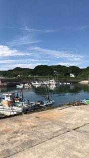 青空と港町の写真・画像素材[3250541]