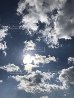 太陽と雲の写真・画像素材[3276508]