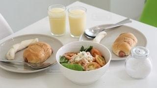 ヘルシーな朝食の写真・画像素材[2782784]