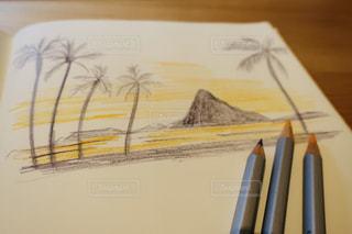 夕日,アート,ペン,絵画,ヤシの木,夕陽,お絵描き,色鉛筆,サンセット,鉛筆,紙,おえかき,筆記用具,お絵かき,色えんぴつ,サンセットビーチ,スケッチ,スケッチブック,いろえんぴつ,おうち時間,水彩色鉛筆