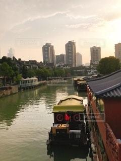 都会の川の写真・画像素材[3397036]