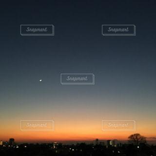 沈む夕日の写真・画像素材[3395677]