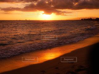 海,夕日,ハワイ,夕陽,ワイキキ,ホノルル,ワイキキビーチ