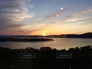 自然,風景,空,屋外,湖,朝日,雲,水面,正月,お正月,日の出,新年,初日の出
