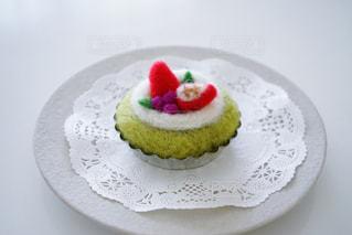お皿の上のケーキの写真・画像素材[1217766]