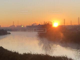 風景,空,屋外,太陽,朝日,雲,水面,霧,オレンジ,正月,朝,お正月,日の出,新年,初日の出