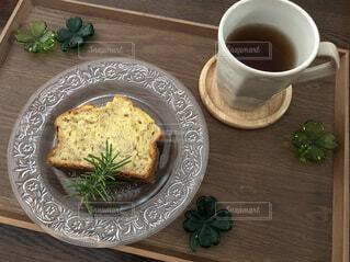食べ物,カフェ,コーヒー,食事,朝食,テーブル,皿,リラックス,食器,カップ,おいしい,おうちカフェ,ドリンク,おうち,ライフスタイル,レシピ,コーヒー カップ,おうち時間