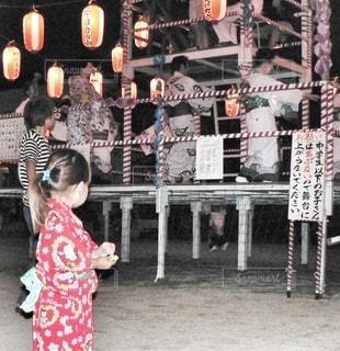 盆踊りに来た少女の写真・画像素材[3518264]