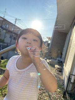 若い女の子が歯を磨いているの写真・画像素材[3450675]
