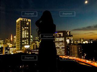夜の都市の眺めの写真・画像素材[4590777]