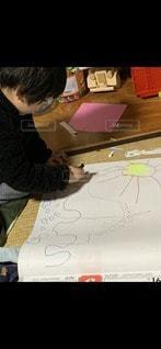 大きな恐竜描けたよの写真・画像素材[3287187]