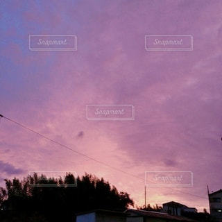 紫夕暮れの写真・画像素材[3461097]