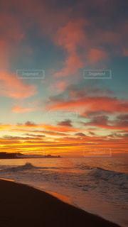 雲が染まるの写真・画像素材[3400727]