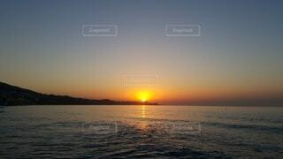 海,太陽,朝日,朝焼け,正月,朝,お正月,地中海,日の出,新年,初日の出,朝日に佇む
