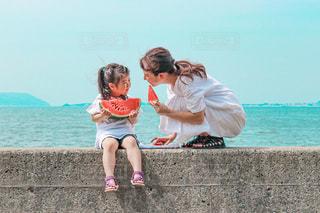 海といったらスイカの写真・画像素材[3510916]