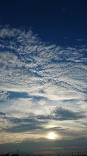 空の雲の群の写真・画像素材[3325690]